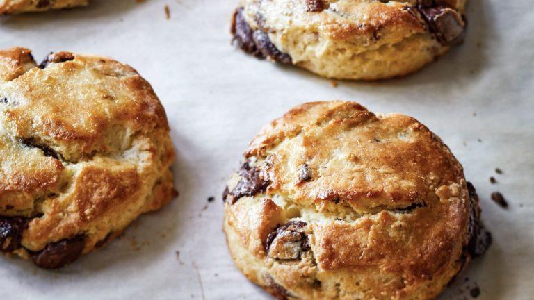 Recette de scones au chocolat et aux pacanes d'Ina Garten