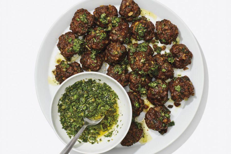 <pre>Boulettes de viande croustillantes à la salsa verde