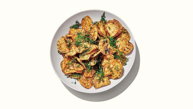 Chips de pommes de terre à l'oignon