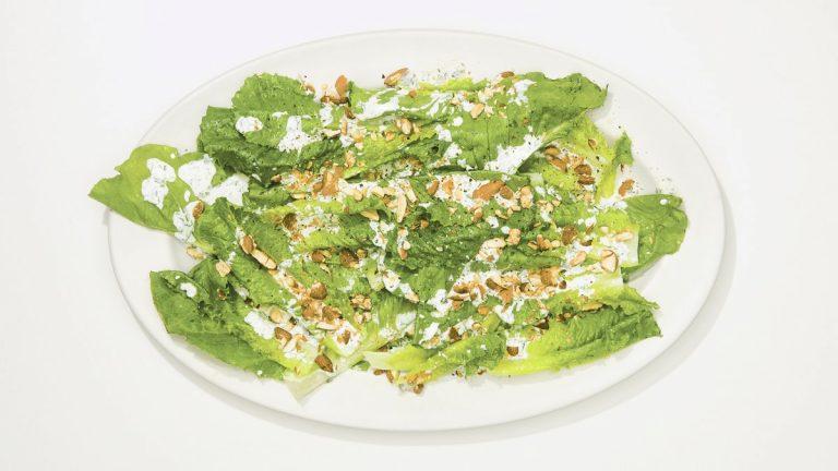 Salade du soir au ranch de yaourt