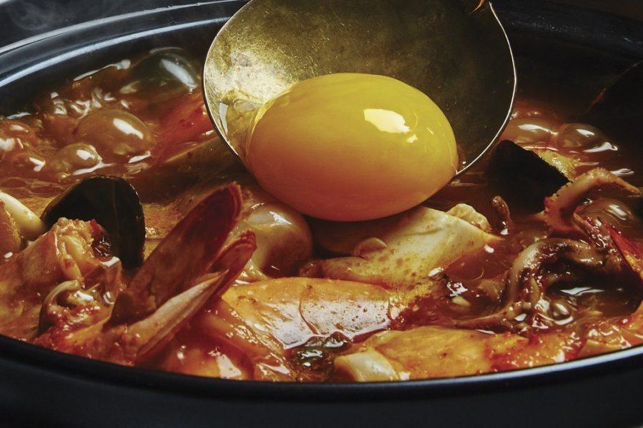 <pre>Ragoût de tofu et de fruits de mer épicé
