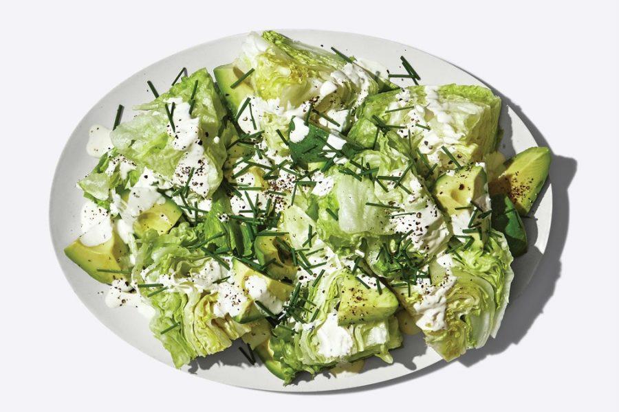 <pre>Petite salade compensée avec vinaigrette à la crème sure
