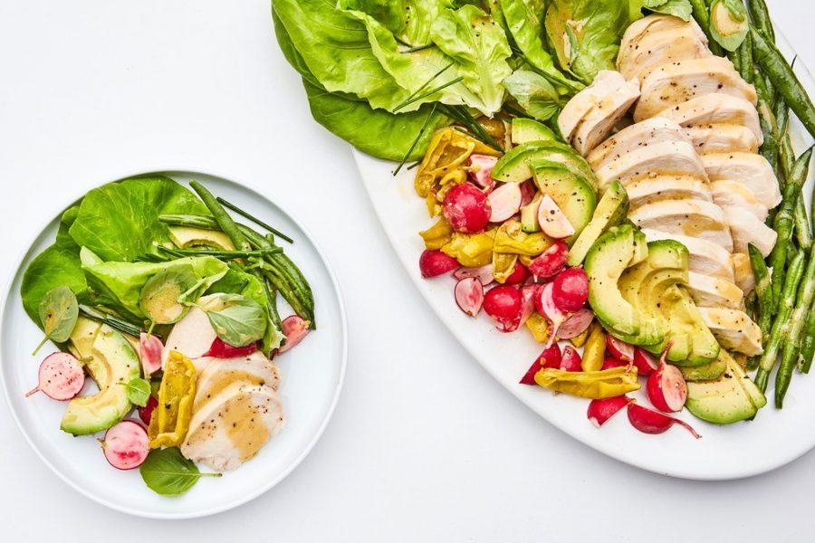 <pre>Salade de poulet printanière aux haricots verts écrasés