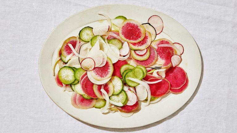 Salade de radis et oignons blancs