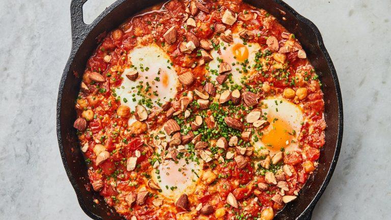 Œufs de tomate au purgatoire