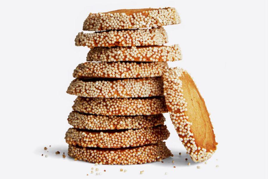 Biscuits sablés rôtis grillés aux pacanes et au caramel