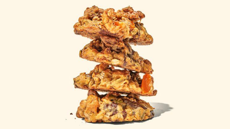Cookies Trail Mix