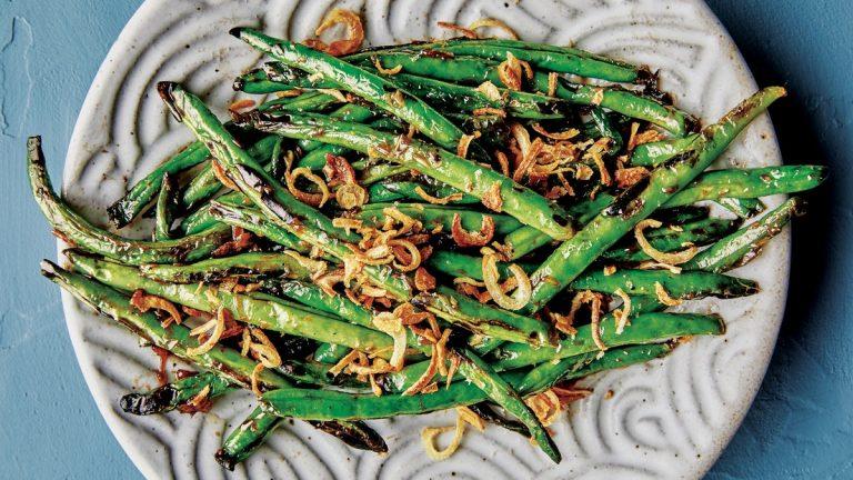 Haricots verts cloques avec échalotes frites