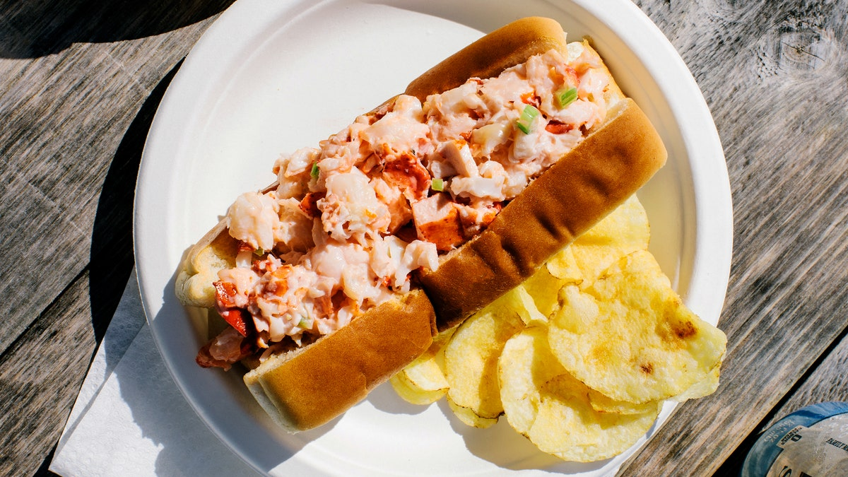 Larsen's Lobster Rolls