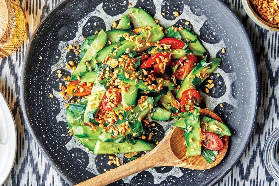 Salade de concombre sucrée et épicée