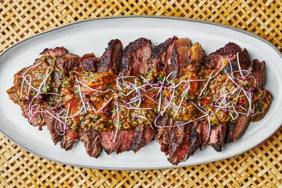 Steak à trois pointes avec sauce pour morsure de tigre