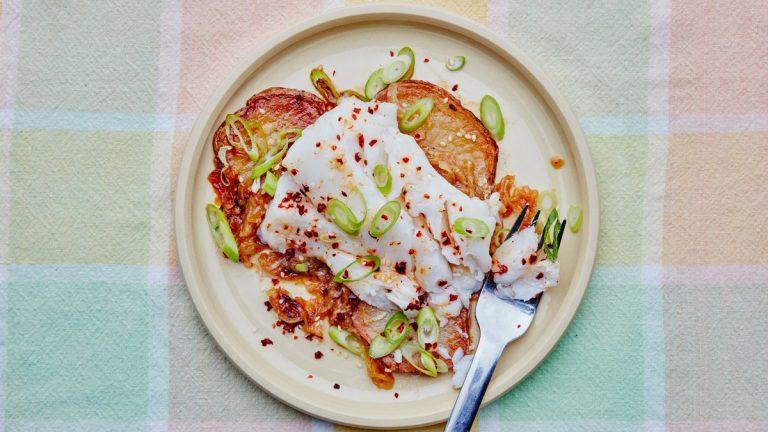 Morue aux oignons et pommes de terre caramélisés au soja