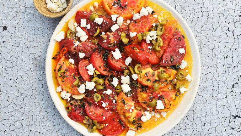 Tomates mijotées à l'huile d'olive avec Cotija
