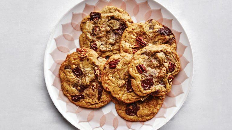 Biscuits aux pépites de chocolat et à la citrouille et aux pacanes