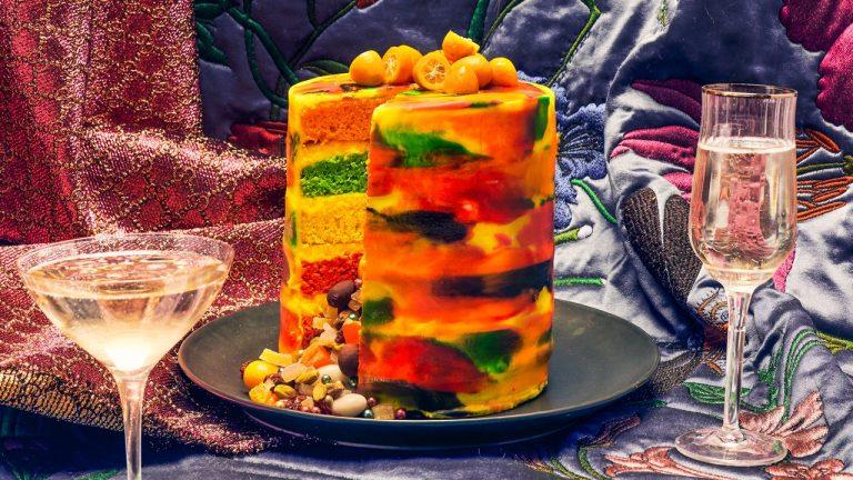 Gâteau en couches de la vie de la fête