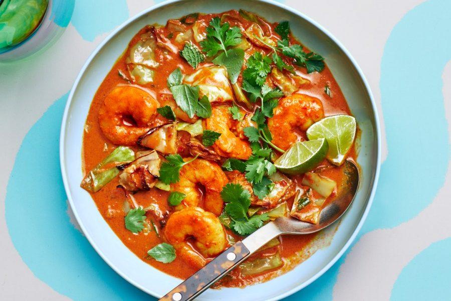 Crevettes et chou au curry