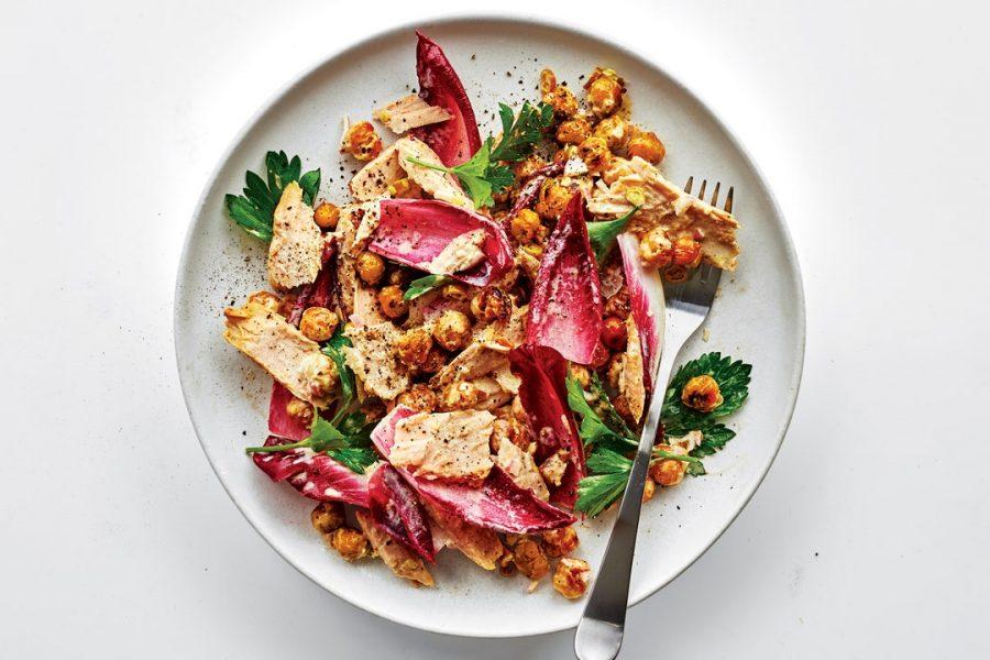 Salade de thon aux pois chiches croustillants