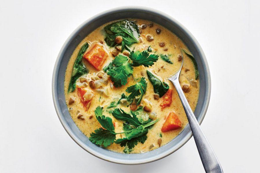 Soupe aux lentilles au curry vert