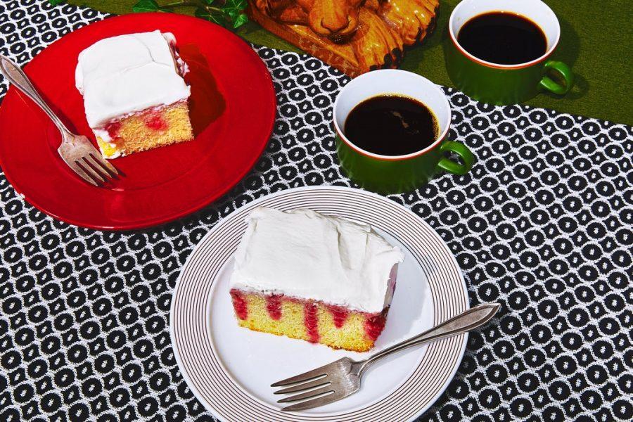 Poke Cake aux Framboises et Hibiscus