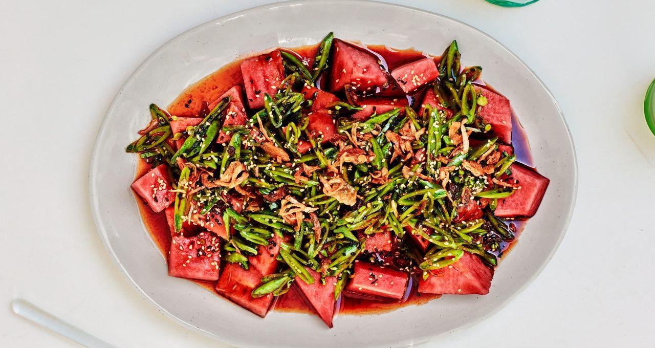 Salade de pastèque et pois mange-tout