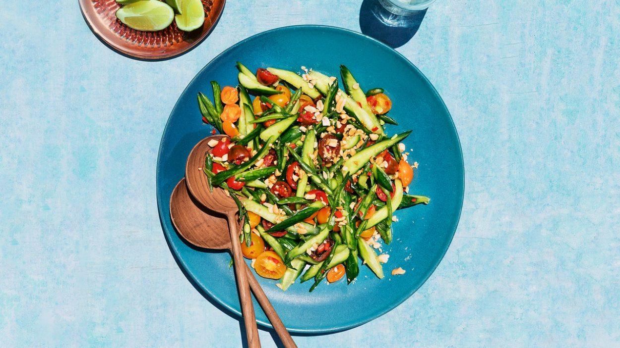 Salade de concombre, tomates et haricots verts