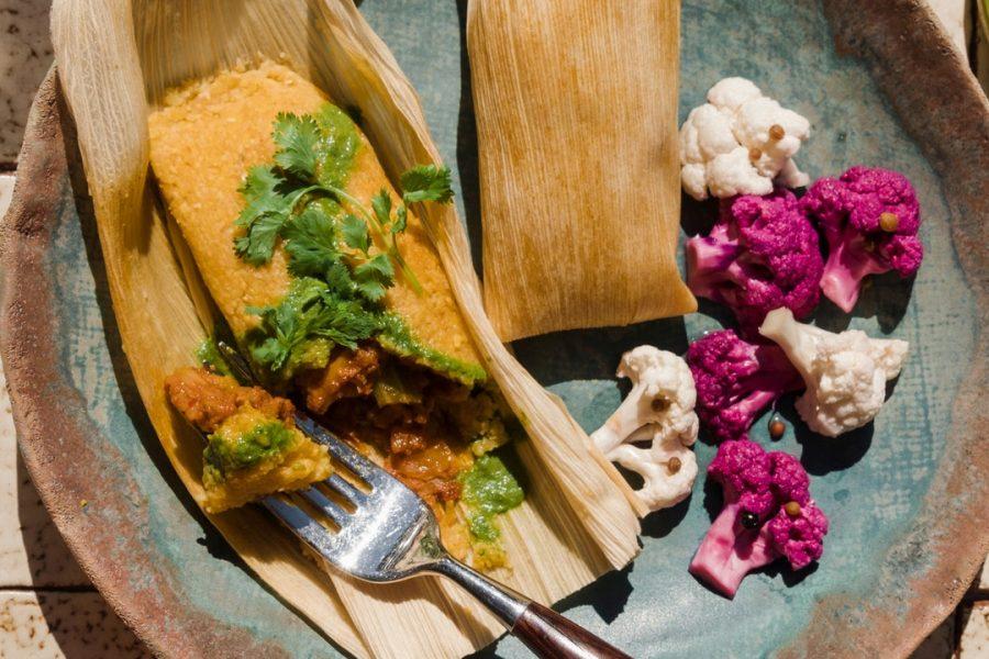 Dirty South Hot Tamales avec sauce au jacquier et à la coriandre