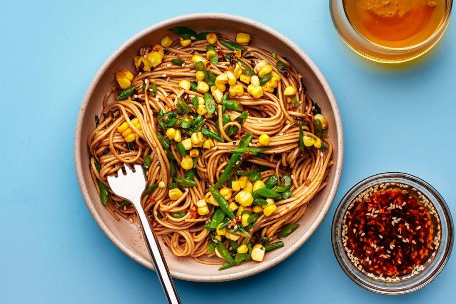 Nouilles froides avec vinaigrette au poivre du Sichuan
