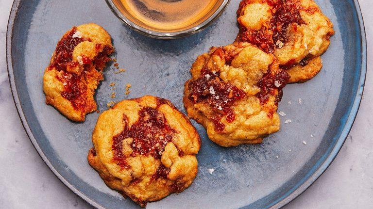 Biscuits aux pommes et caramel salé